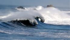 Üle Islandi on Skandinaavia ranniku suunas teel sügav tormine tsüklon.