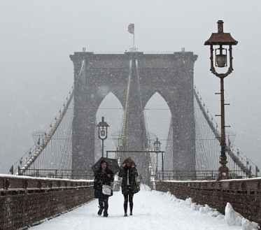 Teisipäeval on pilves selgimistega ilm. Kohati sajab vähest lörtsi ja lund.