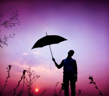 Esmaspäeval (29.05.) on pilves selgimistega ilm. Mitmel pool sajab hoovihma, võib olla äikest.