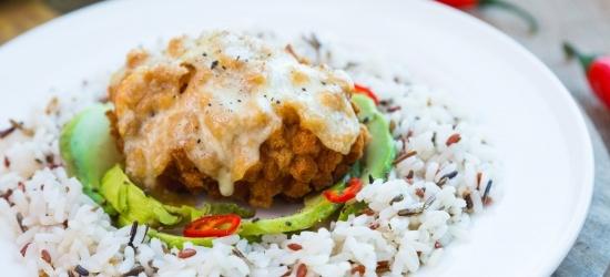 Kiievi kotlet mozzarella katte ja metsiku riisiga
